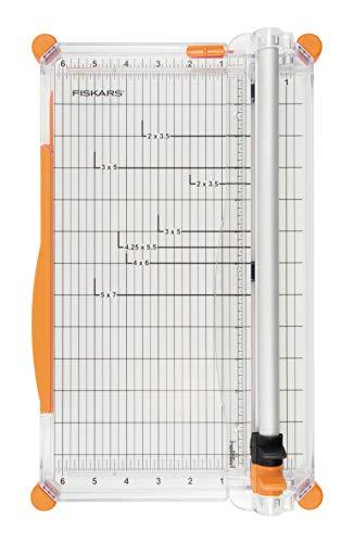 Fiskars Große Papierschneidemaschine, A4, Mit Schnittlinienführung, Inklusive Falzklinge & Schneideklinge, SureCut Plus, 1020504