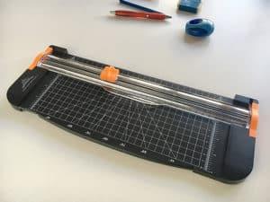 Schnittschneidemaschine mit Dornklinge